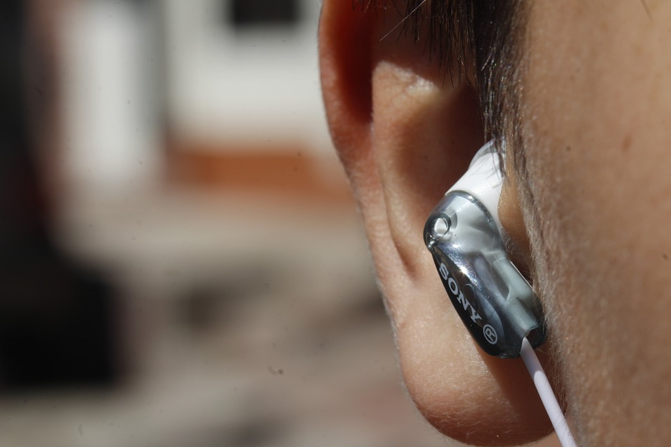 7 Practical Ways That Can Help You Adjust to Your New Hearing Aids